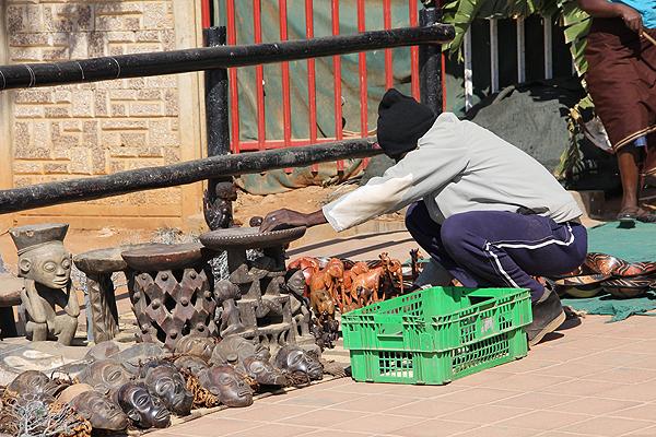BOTS-street-vendor