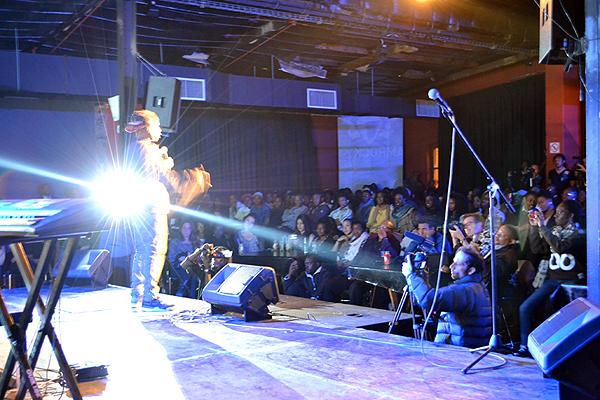 Namibia---Performing-Light-Flash